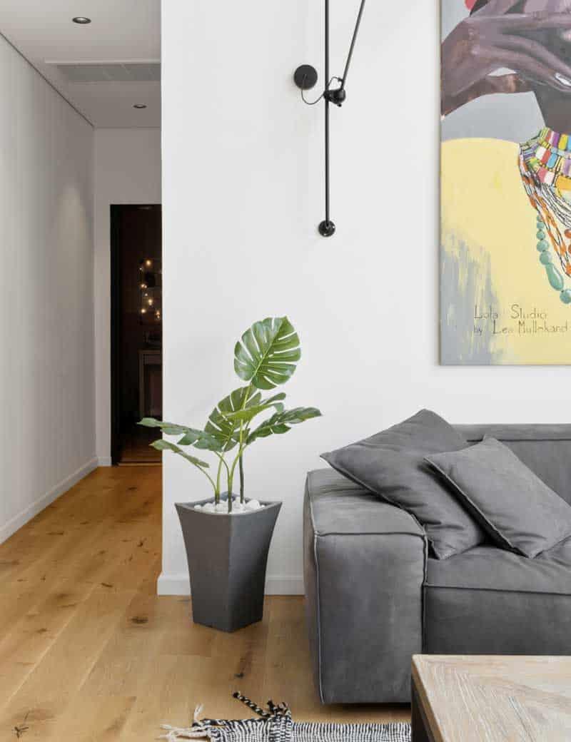 צמח מונסטרה מלאכותי לעיצוב הסלון | גרדן מרקט - צמחיה מלאכותית איכותית